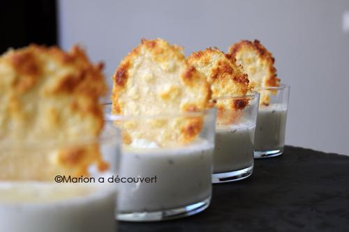 Panna cotta au parmesan & miel parfumé à la truffe