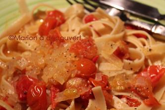 La tomate dans ma cuisine, Partie 1 : Tagliatelles aux tomates confites, échalotes et vin blanc