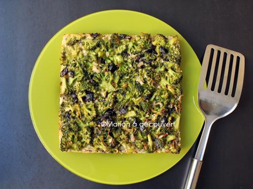 Tarte au riz fondant, brocoli, chèvre et olives