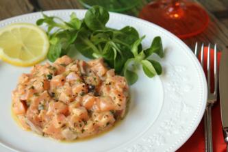 Merry Christmas ! Tartare de saumon aux fruits de la passion…