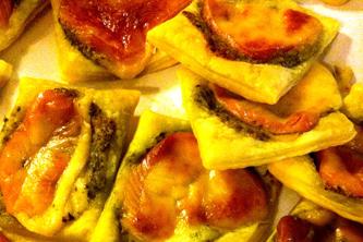 Pizzettes au pesto et à la scamorza fumée, irresistibles !