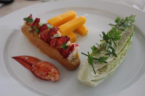 Restaurant Paris : Rech, le lobster roll version Alain Ducasse