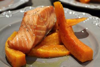 Saumon caramélisé à la fleur d'oranger et potimarron