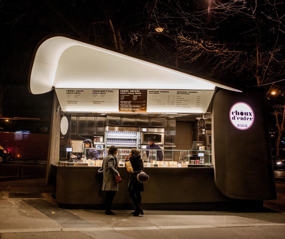 Choux d'Enfer - kiosque nuit (c)Pierre Monetta