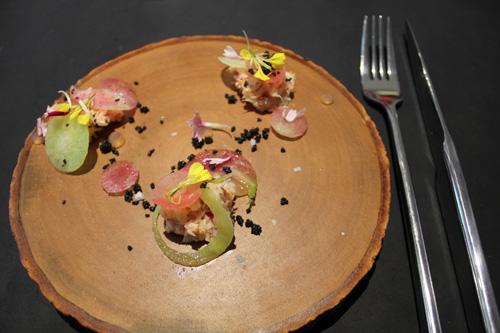 Restaurant Paris : AT pour Atsushi Tanaka, un petit nouveau déjà grand !