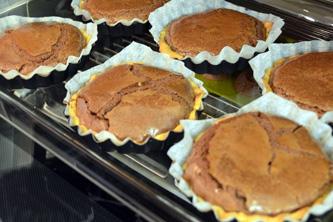 Tartelettes au chocolat guanaja et à la fève tonka