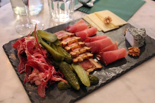 Restaurant Paris : Chéri Charlot pour l'apéro et PVPP pour le diner, duo gagnant d'une soirée réussie !