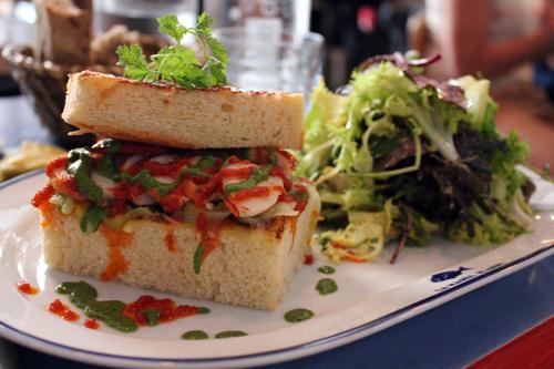 Restaurant Paris : La Marée Jeanne, un souffle marin dans la capitale !