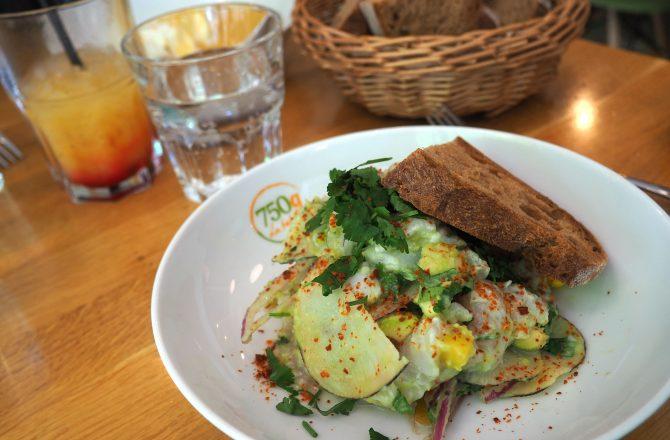 Restaurant Paris : «750 g la table» le bistro-cantine qui a tout compris.