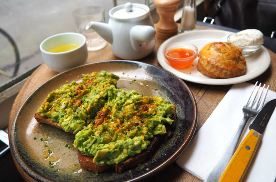 Coffee Shop Paris : Fragments, l'avocado toast mania.