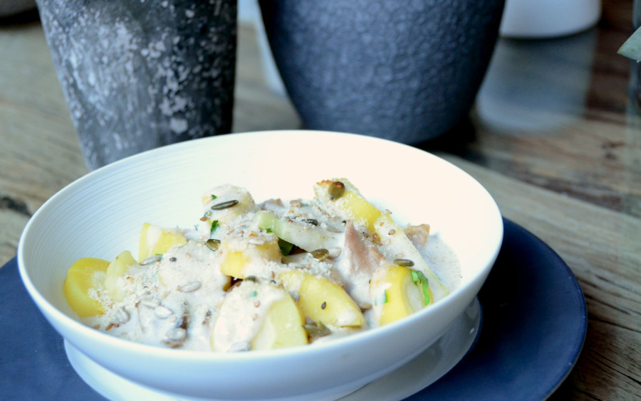 Gratin de poulet fermier, champignons et panais au lait d'amande