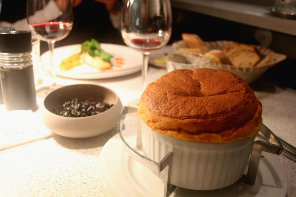 Restaurant Paris : Chapeau Champeaux !
