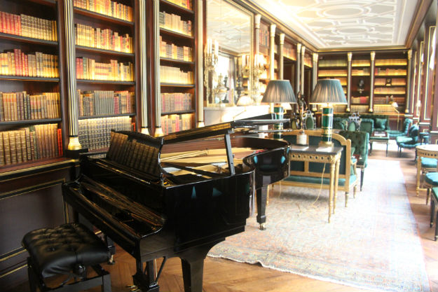 salon-la-reserve-piano