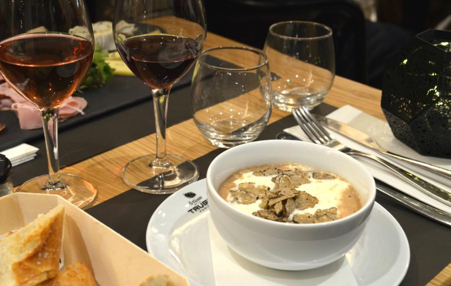 Restaurant Paris : L'Artisan de la truffe, la référence du diamant noir…