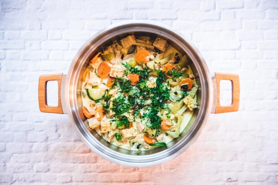 Curry de tempeh aux petits légumes