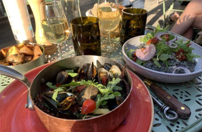 Cuisine gourmande, accueil chaleureux, Bienvenue chez Les Cuivres Corses !